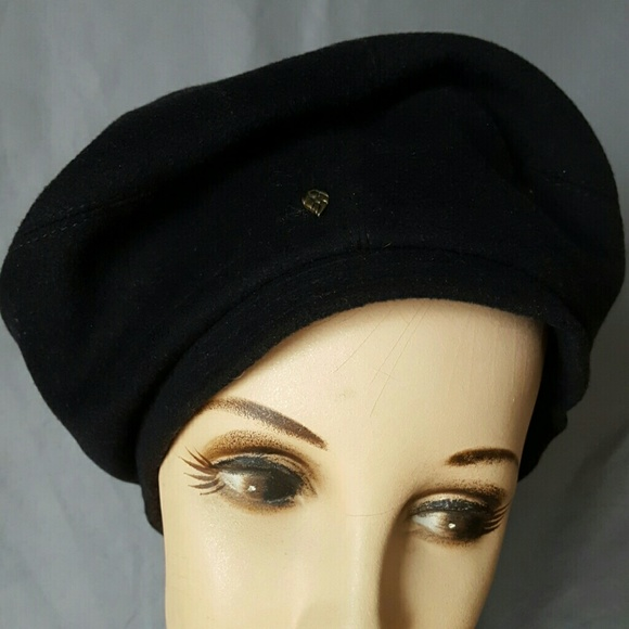 1050c21b663b2 Helen Kaminski Accessories - Helen Kaminski black wool beret tam hat